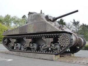 Char Sherman Musée Mémorial Omaha Beach Extérieur